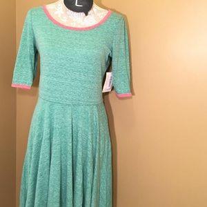 LuLaRoe Nichole dress. L. NWT. Accepting offers